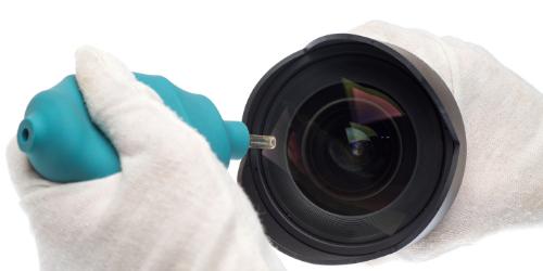 Using Lens blower