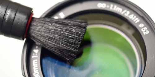 Using lens brush